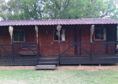 camping-cabins-02